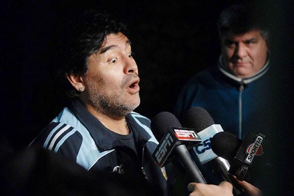 Apuestas Sudáfrica 2010: Argentina al mundial y la letrina de Maradona