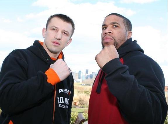 Apuesta Boxeo: Ademak favorito ante Estrada por la corona de Pesados